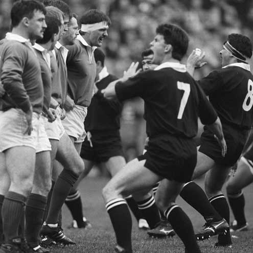 Willie Anderson faccia a faccia con Buck Shelford sfida l'haka degli All Blacks